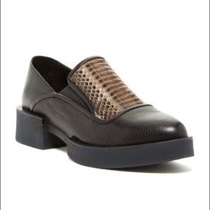 H-WILLIAMS Black Leather Roebling Leather Flats